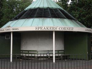 1280px-the_speakers_corner_hyde_park_2847159095